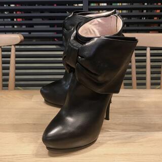 ヴィクターアンドロルフ(VIKTOR&ROLF)の超美品 ヴィクタ&ロルフ リボン ショートブーツ ブーティ 黒 36 22.5(ブーツ)