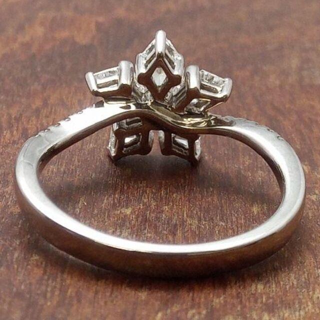 雪の結晶の様なデザインです!750ダイヤリング 12.5号 レディースのアクセサリー(リング(指輪))の商品写真