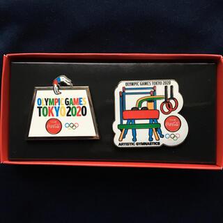 コカコーラ(コカ・コーラ)のコカコーラピンバッジ TOKYO2020 体操競技(バッジ/ピンバッジ)