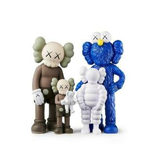 MEDICOM TOY - KAWS FAMILY BROWN/BLUE/WHITE