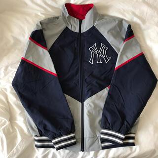 シュプリーム(Supreme)のSupreme New York Yankees Track Jacket S(ナイロンジャケット)