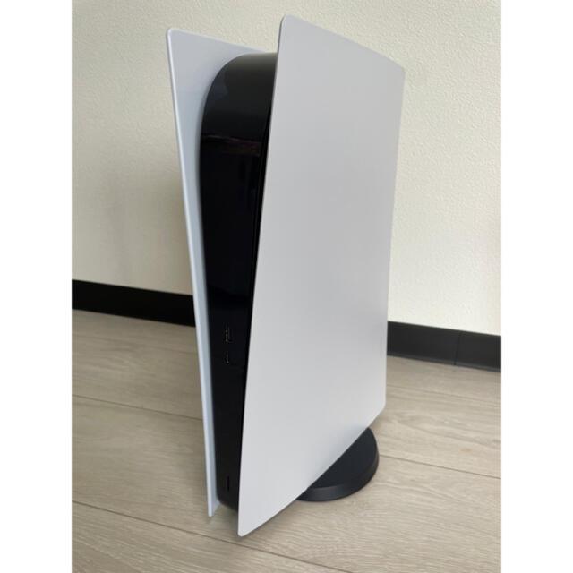 SONY(ソニー)のPlayStation5 CFI-1000B01 PS5デジタルエディション エンタメ/ホビーのゲームソフト/ゲーム機本体(家庭用ゲーム機本体)の商品写真