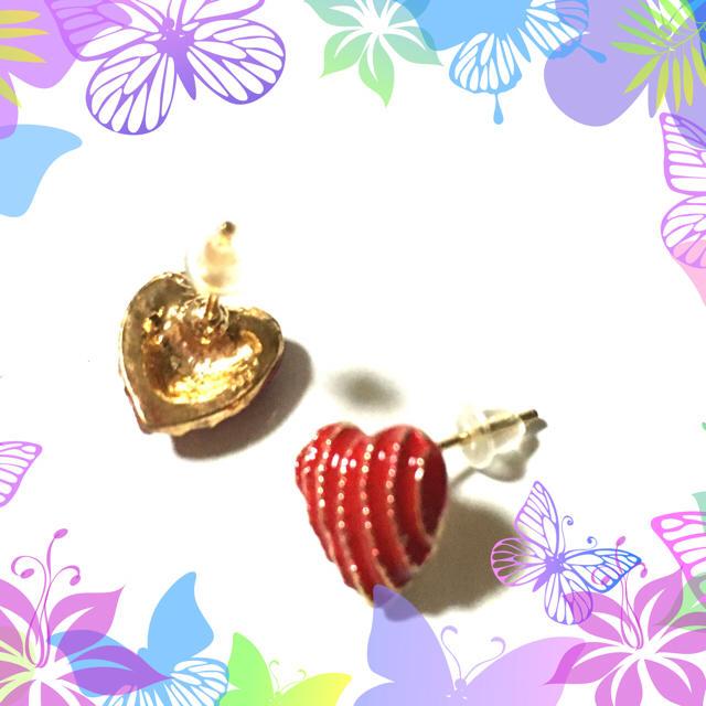 ピアス ハート 赤 上品 大人 きれい 小ぶり アクセサリー イヤリング 新品 レディースのアクセサリー(ピアス)の商品写真