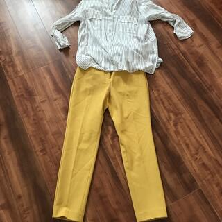 プラステ(PLST)のプラステスティックパンツ黄色xxs(クロップドパンツ)