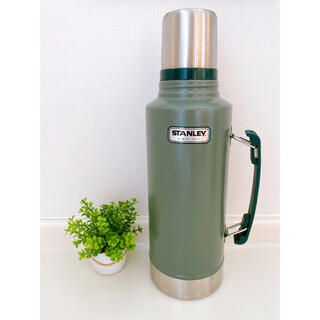 Stanley - スタンレー  水筒 1.9リットル 旧ロゴ グリーン