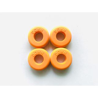 ウィンザーショップ『リング型ダンプナー/振動止め』テニスラケット/オレンジ/4個