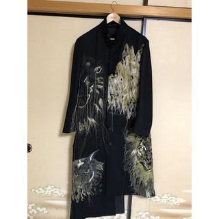 ヨウジヤマモト(Yohji Yamamoto)のYohji Yamamoto 19aw 金刺繍コート(チェスターコート)