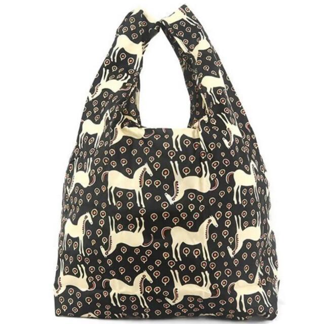 marimekko(マリメッコ)の大人気柄(๑˃̵ᴗ˂̵)✨‼️❤️marimekko❤️ムスタタンマ エコバッグ レディースのバッグ(トートバッグ)の商品写真