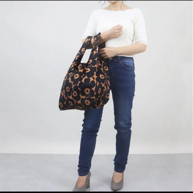marimekko(マリメッコ)の大人気柄(๑˃̵ᴗ˂̵)✨‼️❤️marimekko❤️ウニッコ 花柄エコバッグ レディースのバッグ(トートバッグ)の商品写真