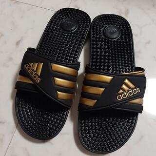 adidas - adidas サンダル ゴールド×ブラック