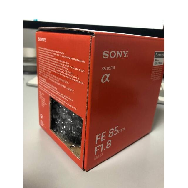 SONY(ソニー)のsony FE 85mm f1.8 SEL85F18 未使用 スマホ/家電/カメラのカメラ(レンズ(単焦点))の商品写真