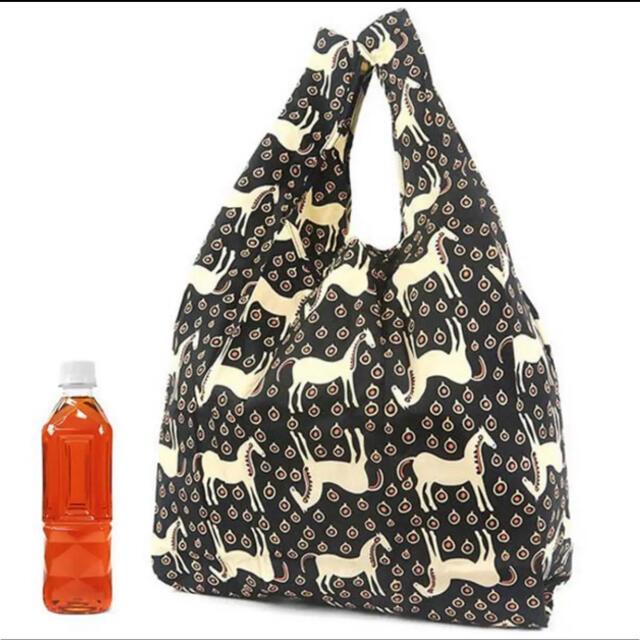 marimekko(マリメッコ)の大人気柄(๑˃̵ᴗ˂̵)✨‼️❤️marimekko❤️ムスタタンマ エコバッグ レディースのバッグ(ショルダーバッグ)の商品写真