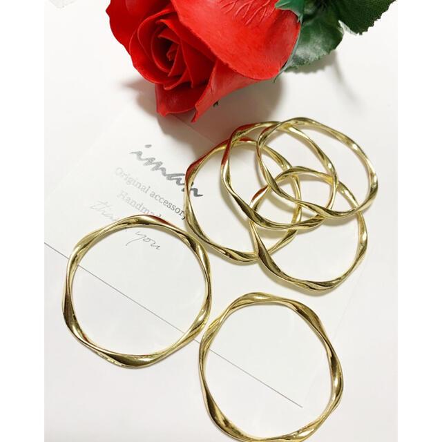 *P183*ツイストリングパーツ・ゴールド ハンドメイドの素材/材料(各種パーツ)の商品写真