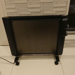 デロンギ(DeLonghi)のデロンギ パネルヒーター  HMP900J-B(電気ヒーター)