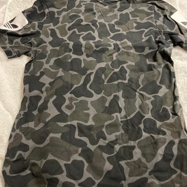 adidas(アディダス)の【中古】adidas アディダス ブラックカモフラ柄 半袖Tシャツ カットソー メンズのトップス(Tシャツ/カットソー(半袖/袖なし))の商品写真