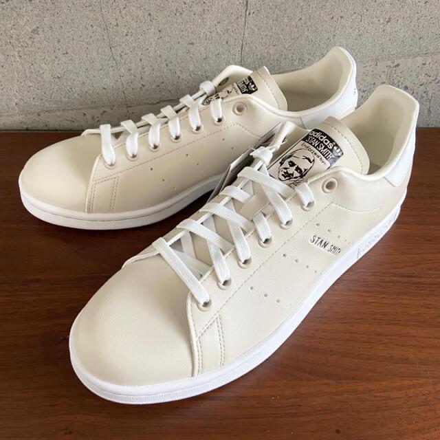 adidas(アディダス)の【新品】27.5センチ adidas スタンスミス スニーカー メンズの靴/シューズ(スニーカー)の商品写真