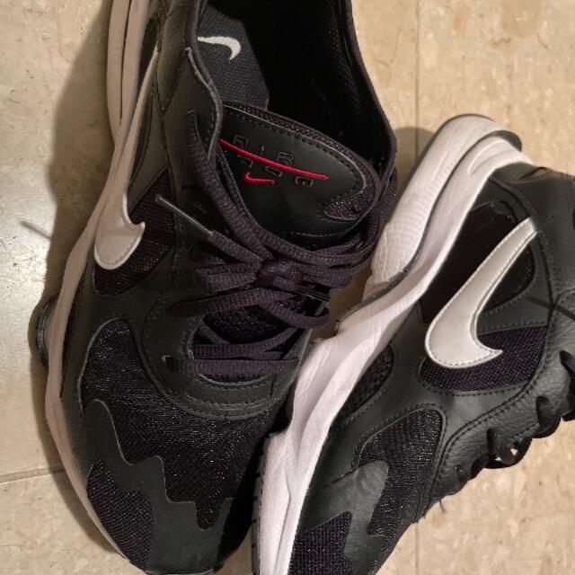 NIKE(ナイキ)のナイキエアズームディビジョン メンズの靴/シューズ(スニーカー)の商品写真