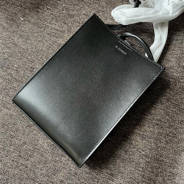 Jil Sander(ジルサンダー)の【新品未使用】  ジルサンダー  ショルダーバッグ タングル ブラック レディースのバッグ(ショルダーバッグ)の商品写真
