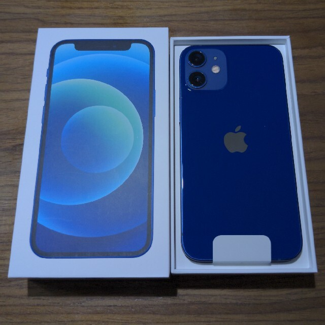 Apple(アップル)の新品未使用 iPhone12mini 64GB 青 スマホ/家電/カメラのスマートフォン/携帯電話(スマートフォン本体)の商品写真