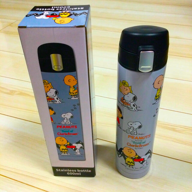 スヌーピー水筒(ステンレスボトル) エンタメ/ホビーのおもちゃ/ぬいぐるみ(キャラクターグッズ)の商品写真
