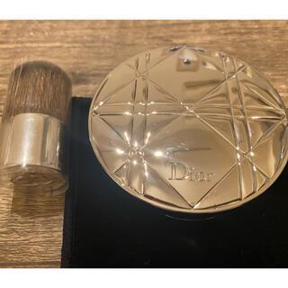 Dior - ディオールスキンヌードエアーパウダーコンパクト