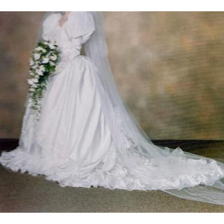 ルーブル ブライダル サロン:ウェディングドレス(ウェディングドレス)