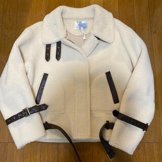 アメリヴィンテージ(Ameri VINTAGE)のボアライダースコート(ライダースジャケット)