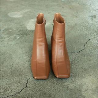 トゥデイフル(TODAYFUL)のTODAYFUL スクエアアンクルブーツ  22000円(ブーツ)