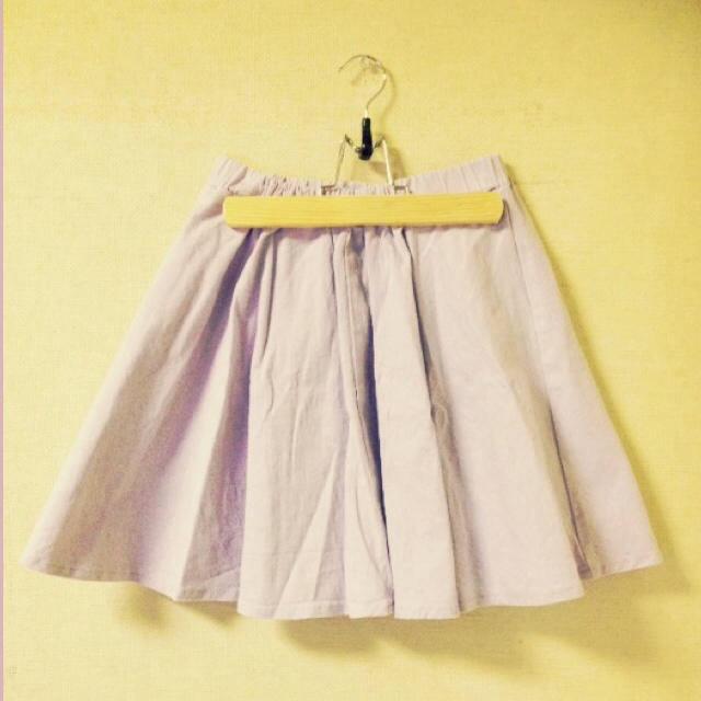 RETRO GIRL(レトロガール)のサーキュラー?フレア?パープルスカート レディースのスカート(ひざ丈スカート)の商品写真