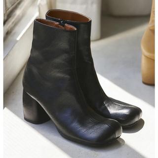 トゥデイフル(TODAYFUL)の【TODAYFUL】新品未使用!Square Short Boots(ブーツ)