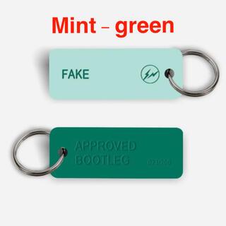 フラグメント(FRAGMENT)のfragment × VariousKeytag FAKE Mint-green(キーホルダー)