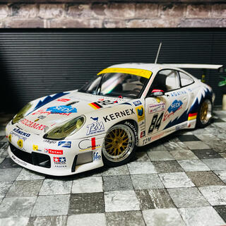 ポルシェ(Porsche)の1/18 AUTOart ポルシェ 911(996) GT3-RS クラス優勝(ミニカー)