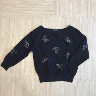 ジャスグリッティー(JUSGLITTY)のJUSGLITTY ♡ トップス ニット 刺繍 サイズ2(ニット/セーター)