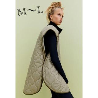 エイチアンドエム(H&M)のH&M 今期新作 オーバーサイズ キルティング ベスト M〜Lサイズ(ダウンベスト)
