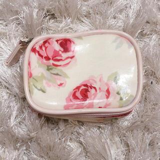 ローラアシュレイ(LAURA ASHLEY)のローラアシュレイ 小物入れ ピルケース 薬入れ 花柄 ピンク フラワー ポーチ(小物入れ)