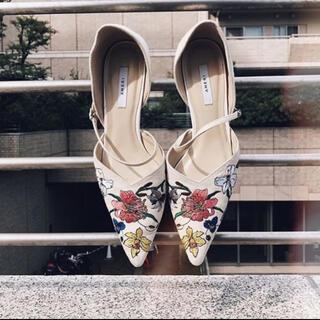 アメリヴィンテージ(Ameri VINTAGE)のAmerivintage♡刺繍パンプス(ハイヒール/パンプス)
