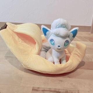 新品未使用!バナナ型ペットベッド(猫)