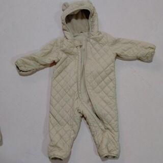 ユニクロ ダウン ボア ロンパース クマ ジャケット 防寒 ジャンプスーツ