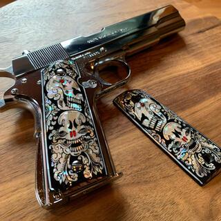 Colt 1911系 マザーオブパール インレイグリップ ダブルスカルブラック(その他)