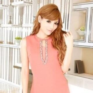 レディー(Rady)のRady♡ジュエリーVライントップスコーラルピンク♡胸元パールジュエリー(カットソー(半袖/袖なし))