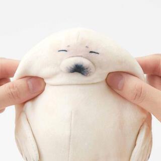 フェリシモ(FELISSIMO)の赤ちゃんゴマフアザラシ もっちりポーチ フェリシモ(ポーチ)