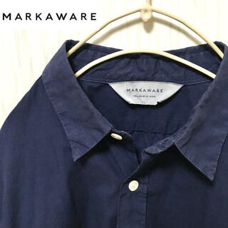 マーカウェア(MARKAWEAR)のMARKAWEAR マーカウェア ネイビーコットンシャツ(シャツ)