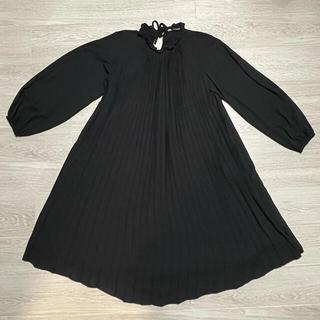 ザラ(ZARA)のZARA ザラ 黒色 Aラインワンピース♪(ロングワンピース/マキシワンピース)