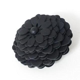 ロエベ(LOEWE)のロエベ キーホルダー(チャーム)美品  黒(キーホルダー)