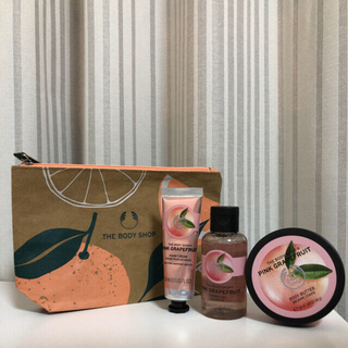 THE BODY SHOP - 【新品未使用】THE BODY SHOP ピンクグレープフルーツポーチギフト