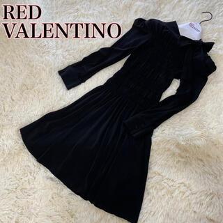 レッドヴァレンティノ(RED VALENTINO)のレア♡レッドヴァレンティノ シャーリングタイワンピース ブラック 美品(ひざ丈ワンピース)