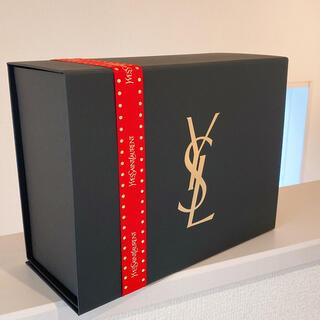 イヴサンローランボーテ(Yves Saint Laurent Beaute)のイヴ・サンローラン❤️ギフトBOX/赤リボン  (ショップ袋)