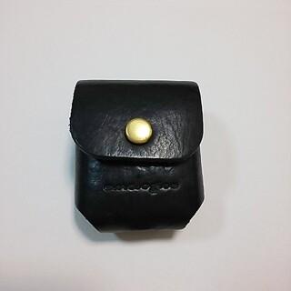 今年7月購入✨analogicoアナロジコ AirPodsケース 黒 バッグ(iPhoneケース)