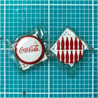 コカ・コーラ - コカ・コーラ 缶バッジ 2個セット