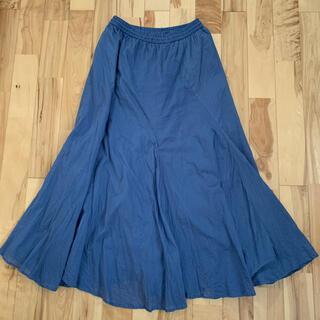 フェリシモ(FELISSIMO)のフェリシモ くすみブルー スカート(ロングスカート)
